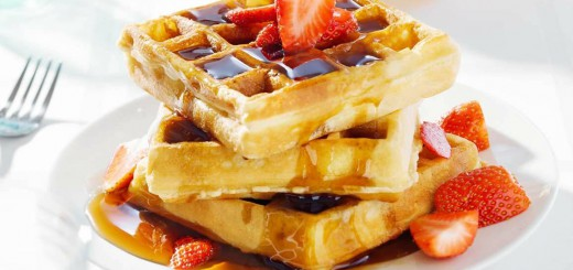 waffles-butter-syrup-strawberry-520x245